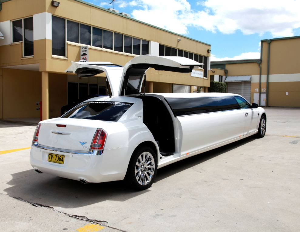 300C 12 Seater Stretch Chrysler Double Jet Door : jet doors - Pezcame.Com